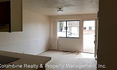 Living Room, 459 Topaz Dr, 2