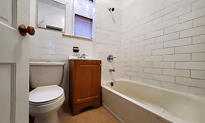 Bathroom, 148 Bidwell Ave, 2