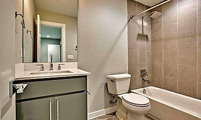 Bathroom, 3328 Cedarplaza Ln, 2