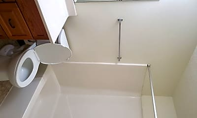 Bathroom, 2643 Arrowhead Rd S, 2