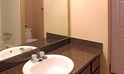 Bathroom, Parkside East Apartments, 2