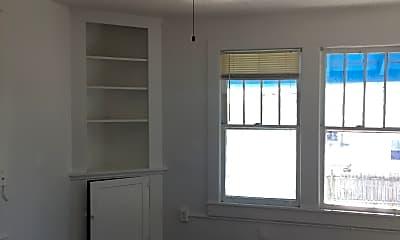 Bedroom, 313 N Hollywood Ave, 2
