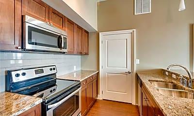 Kitchen, 928 Travis Ave 404, 2