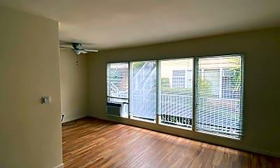 Living Room, 1834 N Harvard Blvd, 0