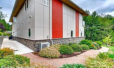 Building, 16304 NE 50th St, 2