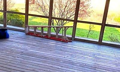 Patio / Deck, 28 Ridge Rd, 2