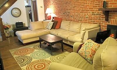 Living Room, 3411 Toone St, 1