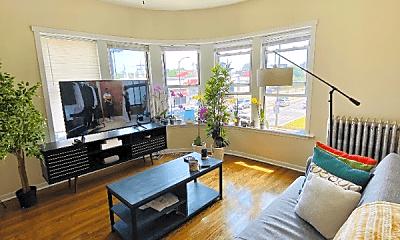 Living Room, 5966 N Paulina St, 1