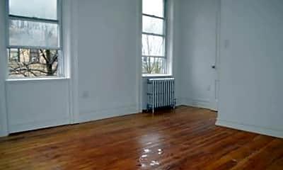 Living Room, 155 Newton St, 2