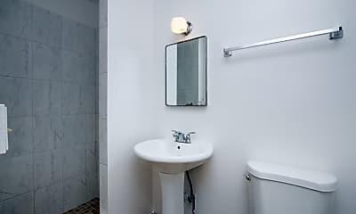 Bathroom, 1547 Wilder Ave, 2