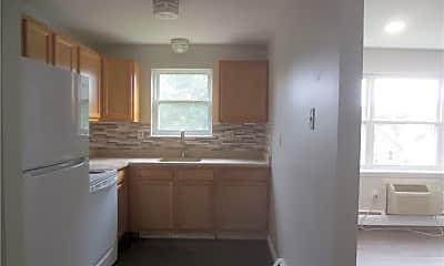 Kitchen, 270 High St B 2, 1