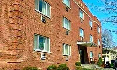 Shaker University Apartments, 0