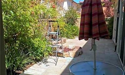 Patio / Deck, 79 Thornapple, 2