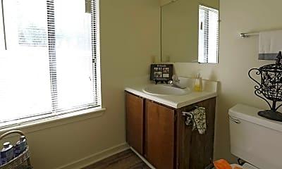 Bathroom, The Bluffs, 2