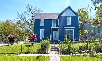 Building, 700 W Munson St, 0
