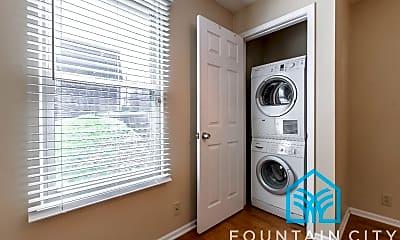 Bathroom, 4618 Holly St, 2