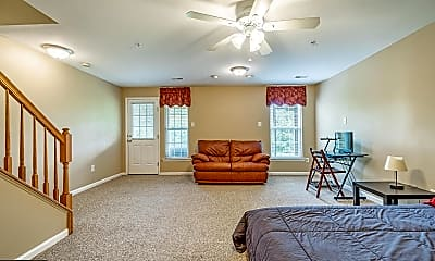 Living Room, 611 Coach Hill Ct 14, 2