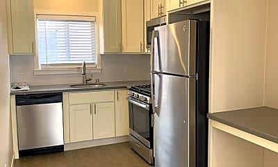 Kitchen, 530 Chestnut St, 1