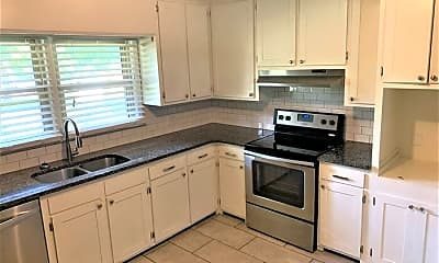 Kitchen, 904 S Williamson Ave, 1