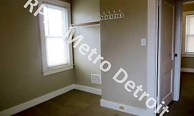 Bedroom, 369 E Breckenridge St, 2