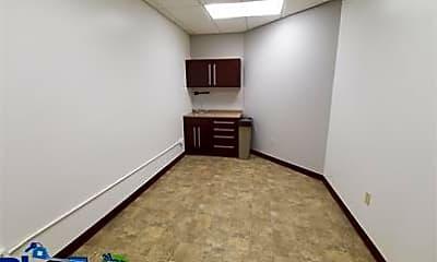 Bedroom, 165 W Huron St, 2