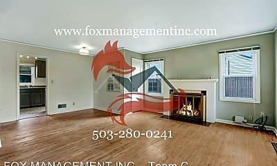 Living Room, 4424 SE 44th Ave, 1