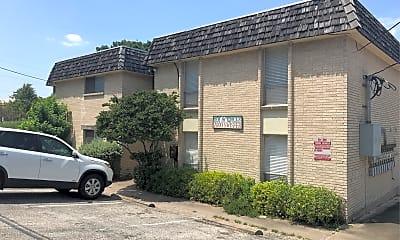 Comanche Place Apartments, 1