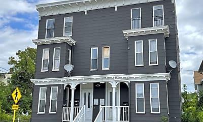 Building, 675 S Main St, 2