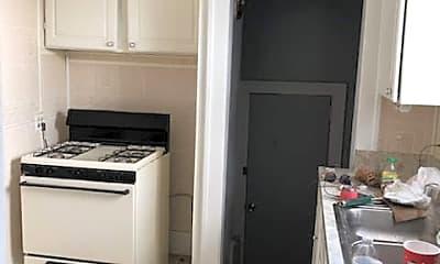 Kitchen, 9249 Manor, 2