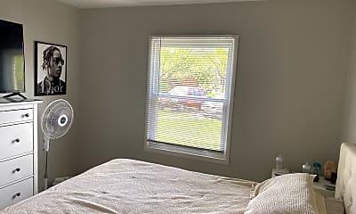 Bedroom, 100 Paoli St, 2