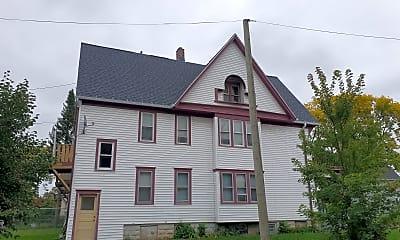 Building, 2230 W Clarke St, 1