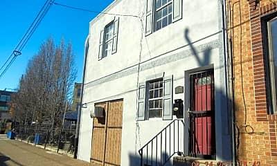 Building, 1117 Morris St, 1