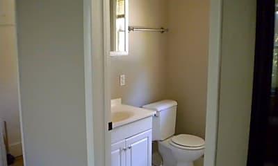 Bathroom, 714 N 24th St, 1