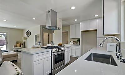Kitchen, 605 E El Norte Pkwy, 0