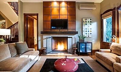 Living Room, 302 N 2nd St, 0