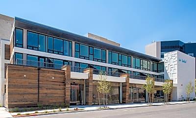 Building, 200 S Center St, 0