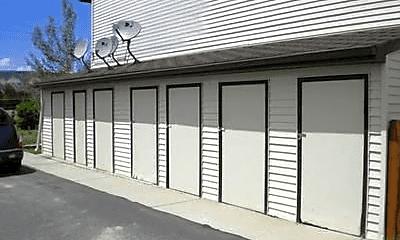 Building, 3285 Roosevelt Way, 2