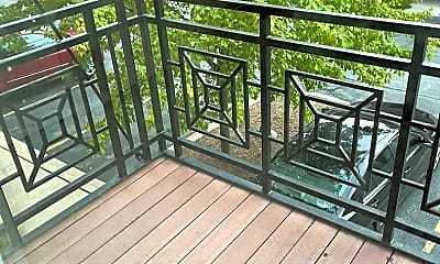 Patio / Deck, 1418 S Halsted St, 2