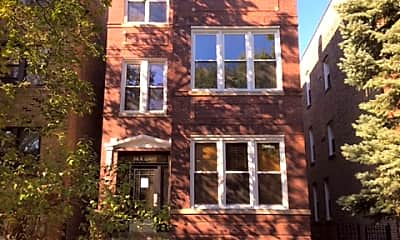 Bedroom, 816 N Leavitt St, 2
