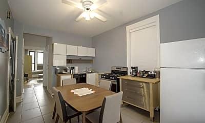 Kitchen, 1028 N Marshfield Ave 1, 1