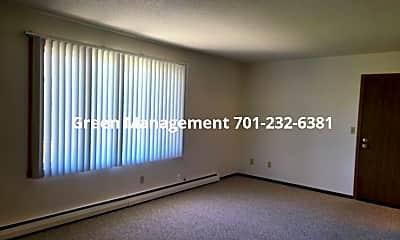 Living Room, 644 2nd Ave E, 1