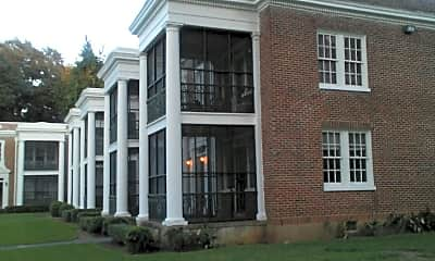 Colonial Court Apartments, 2