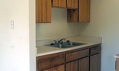 Kitchen, 810 N Minter St, 1