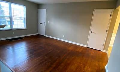 Living Room, 2098 Ridgeview Rd, 1