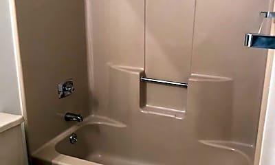 Bathroom, 2620 N Helen St, 1