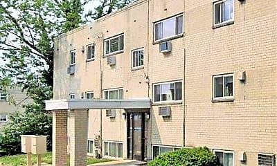 Building, 1015 Afton St, 1