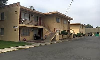 Four Ten Apartments, 0