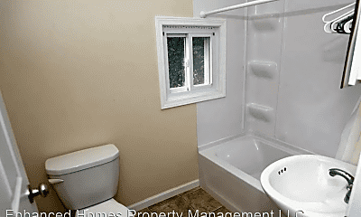 Bathroom, 126 S Howell St., 1