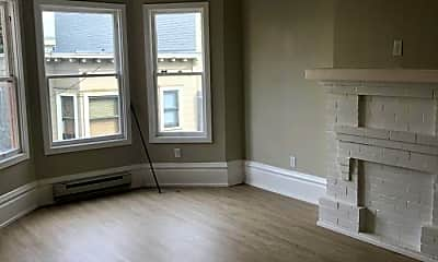 Living Room, 68 Moss St, 1