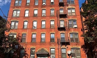 5 Adams Street Apartments, 2